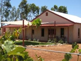 919 Wines - St Kilda Accommodation