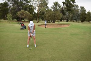 Howlong Golden Shoe Nine Hole Golf Tournament - St Kilda Accommodation