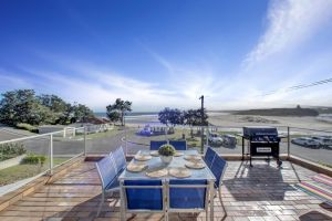 The Rotunda  Gerroa - Pet Friendly Beachfront - St Kilda Accommodation