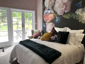 Chanticleer Gardens - St Kilda Accommodation